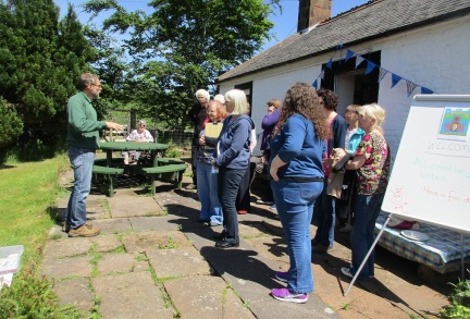31-05-17 03 Writers outside getting a talk from Darren LOW RES
